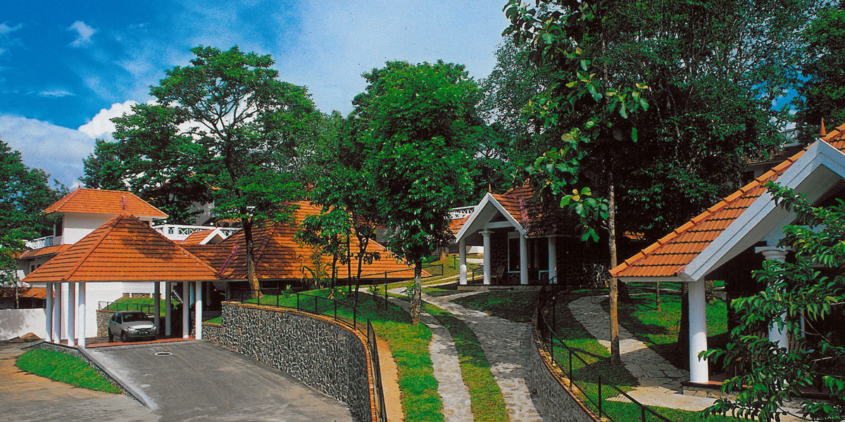 Best Resort In Thekkady Top Cottages Luxury Accommodation
