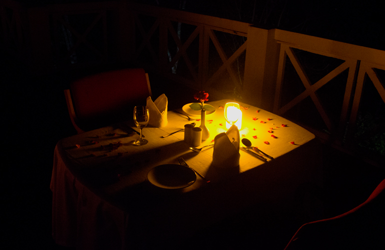 Candle Light Dinner at Hotel Treetop