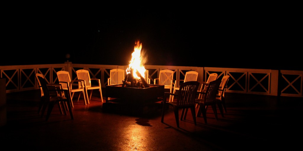 Evening Parties with Campfire